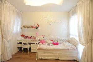 חדר ילדים מעוצב לבנות